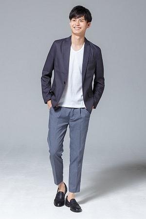 テーラードジャケット×半袖Tシャツ×パンツ(3点セット)