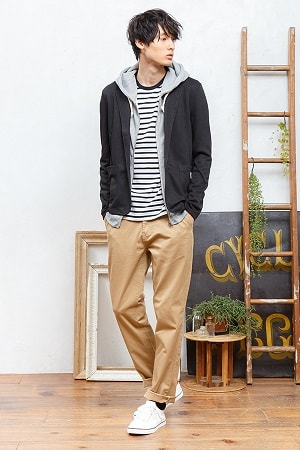 テーラードジャケット×ジップパーカー×半袖Tシャツ×チノパンツ(4点セット)