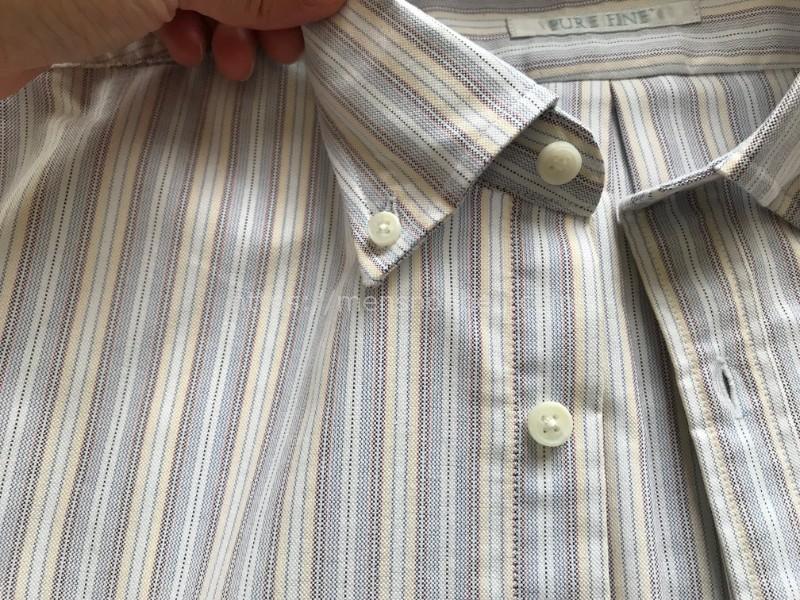ドゥクラッセ ボタンダウンシャツ・襟