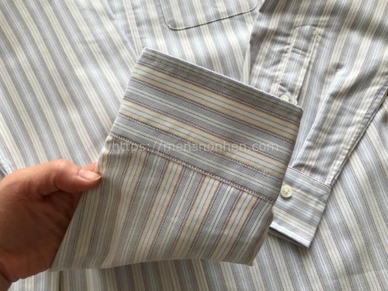 ドゥクラッセ ボタンダウンシャツ・袖口