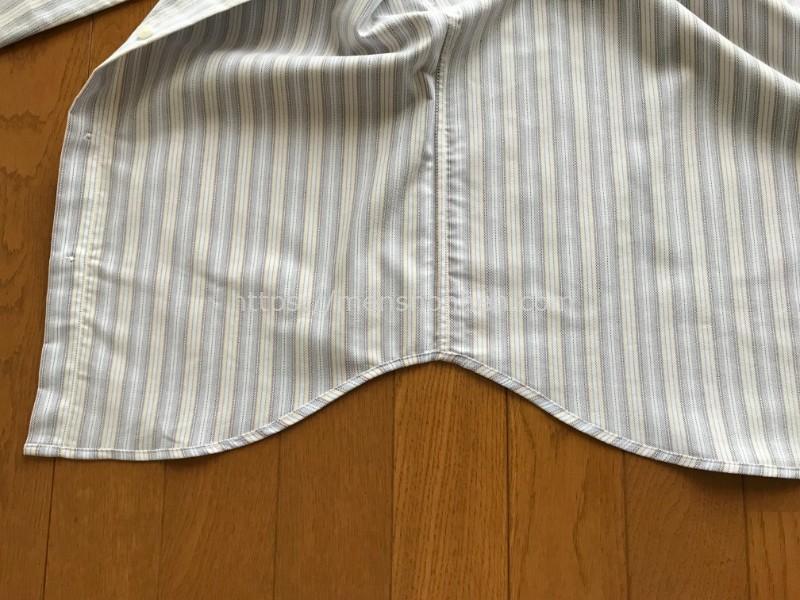 ドゥクラッセ ボタンダウンシャツ・裾