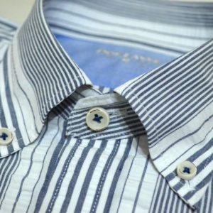 シアサッカーBDシャツの襟